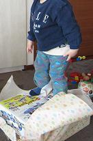 絵本を幼児に読み聞かせるブログ-110410-1